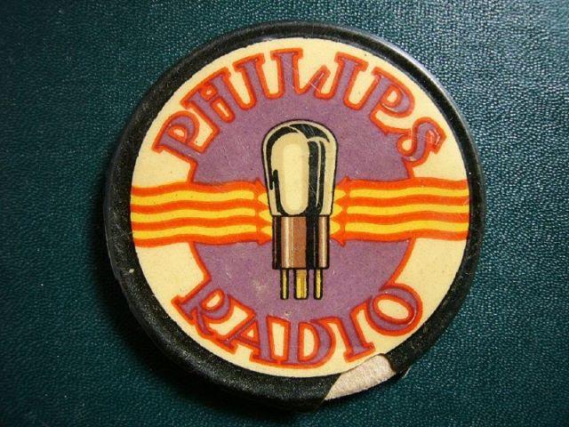 """Espejo """"Philips Radio"""". Souvenir que se entregaba con la compra del receptor de radio."""