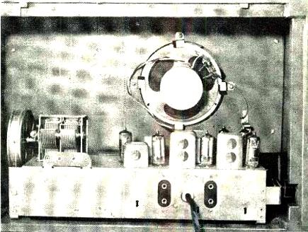 radio a kerosene_b1958_Ago_1958