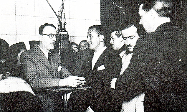 Raúl Fontaina presentando a Charlo_CX16_1945